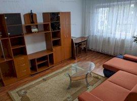 Apartament 3 camere in zona Berceni recent renovat