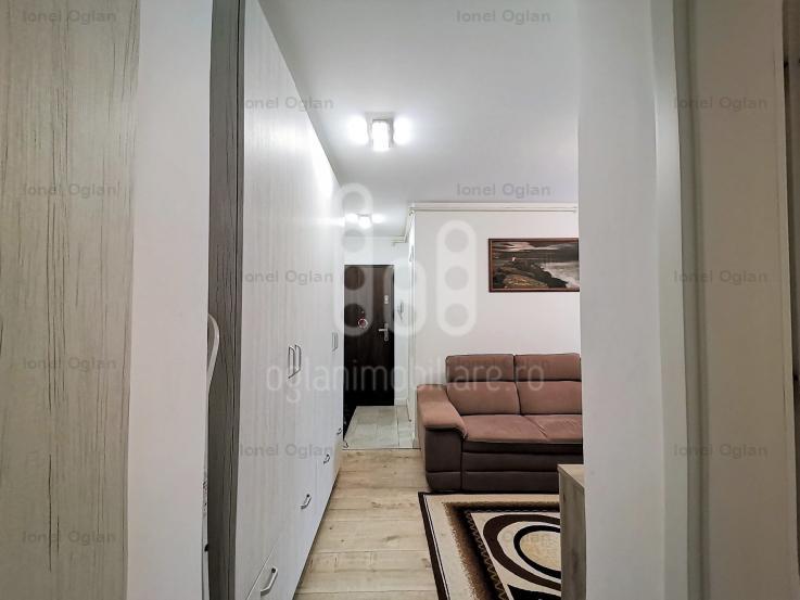 Apartament 3 cam, etaj 1, pivnita, parcare, 2 balcoane, Calea Poplacii