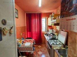 Vanzare apartament 2 camere, semi mobilat si utilat, zona Marasesti