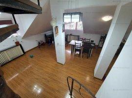 Vanzare penthouse 3 camere, decomandat, zona 9 Mai