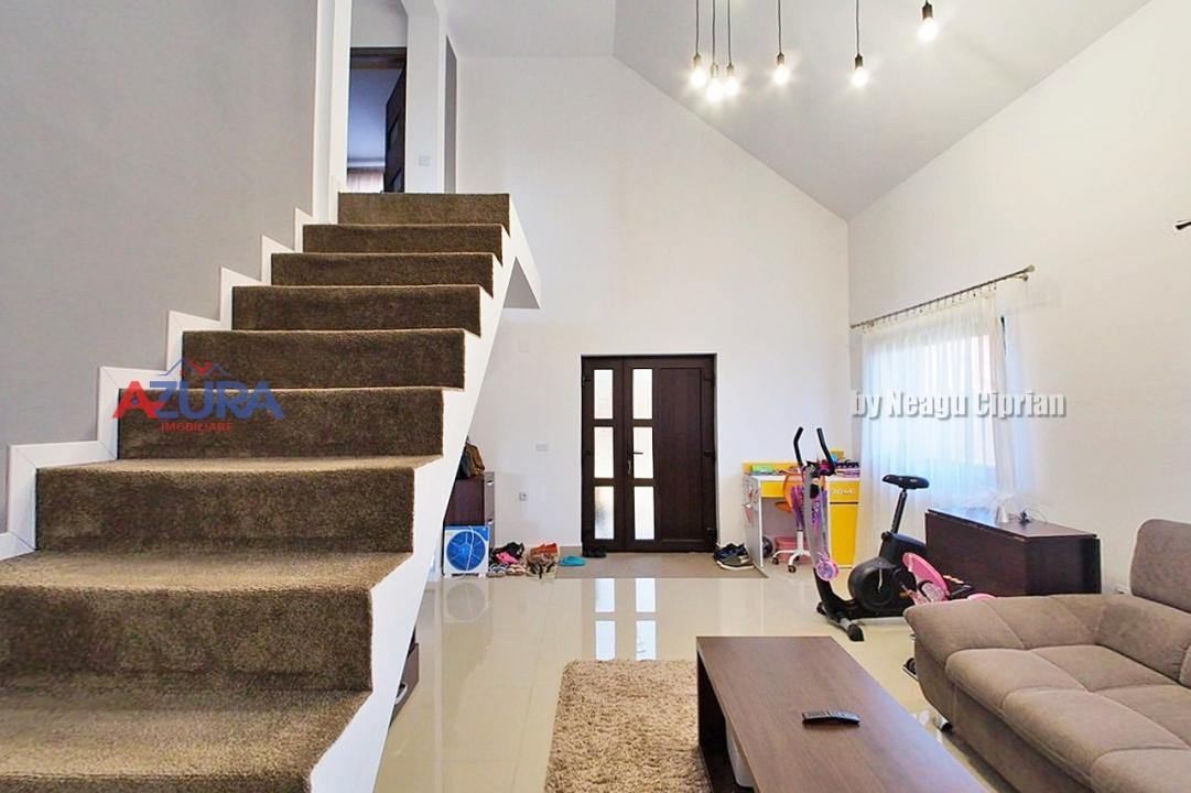 Casa de vanzare Bradu