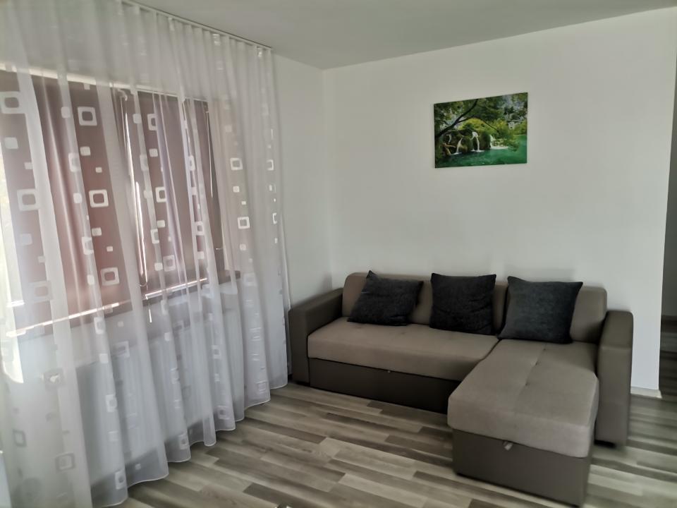 Vanzare vila Pitesti, Intrarea Nicolae Balcescu