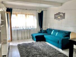 Apartament 2 camere cu parcare, zona Andrei Muresanu