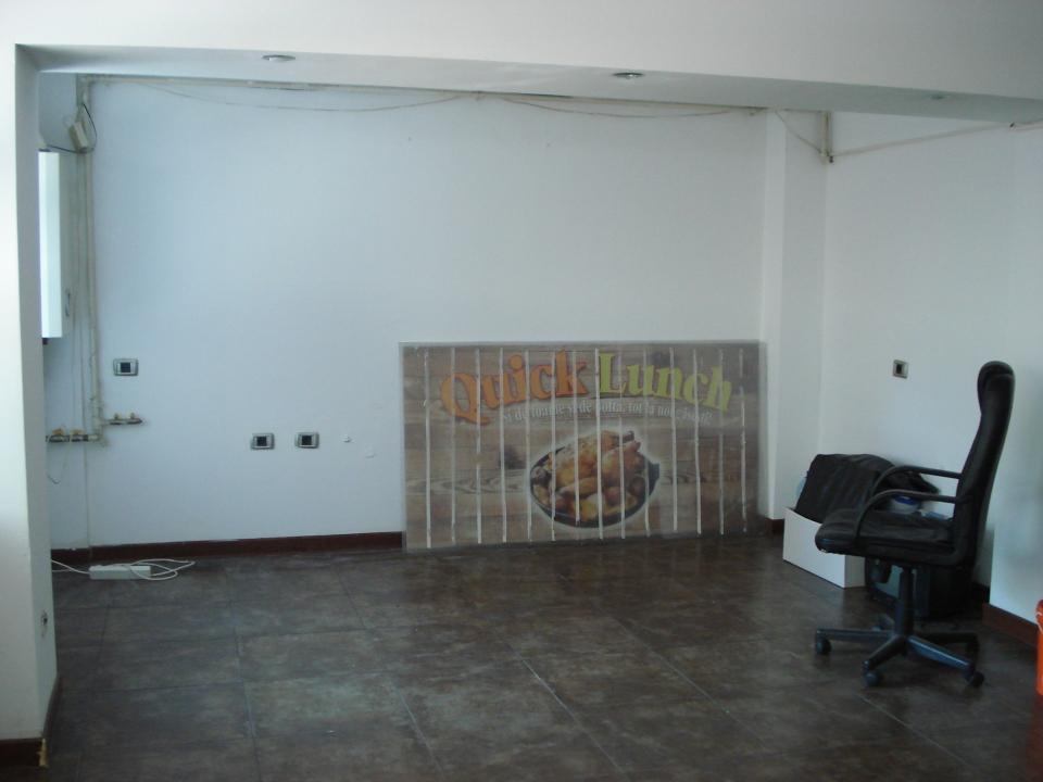 100 mp birouri zona Unirii, Nerva Traian