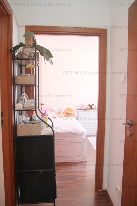 Vanzare Apartament 3 Camere  Auchan  Mall Drumul Taberei