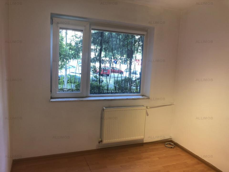 Apartament 3 camere, parter , Vedere B-dul Republicii