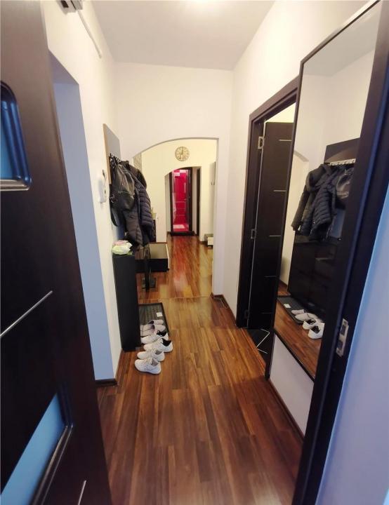 Apartament 3 camere, zona Ultracentrala, Ploiesti