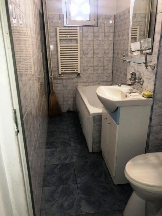 Apartament 3 camere, elegant, zona Malu Rosu, Ploiesti
