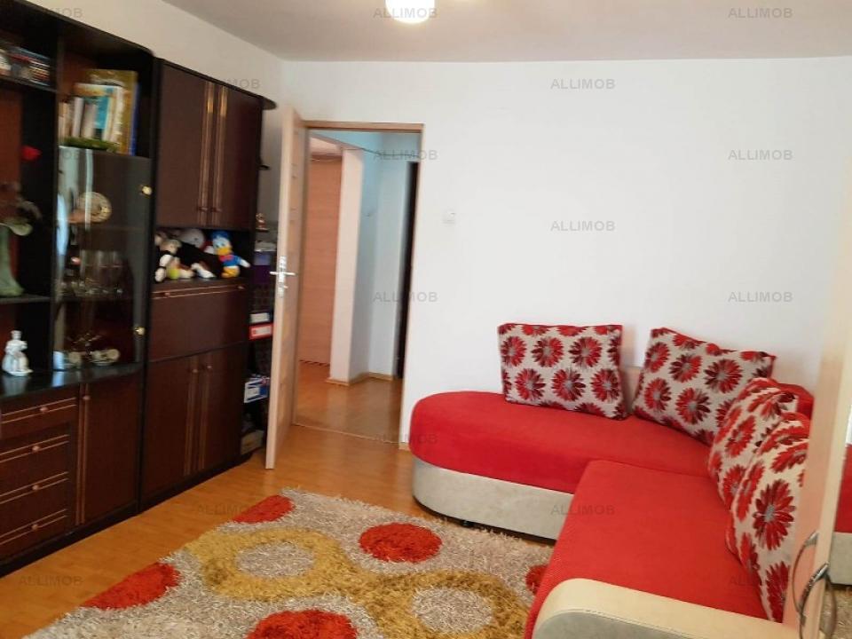 Apartament 3 camere in Ploiesti, zona Baraolt