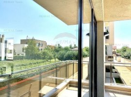 Reducere octombrie - Penthouse impresionant cu  vedere lac Pipera
