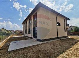 Duplex cu bucatarie mare 17mp inchisa in Ciorogarla