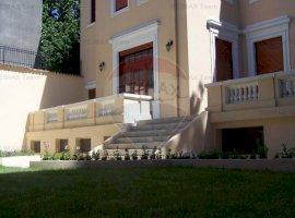 Vila interbelica de vanzare , Pta Romana, oportunitate investitie!