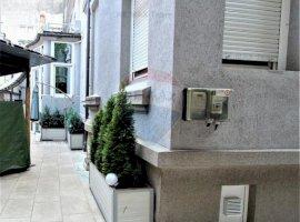 Apartament cu 6 camere de vânzare în zona Stirbei Voda - consolidat