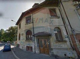 Vanzare apartament cu 3 camere în zona Armeneasca