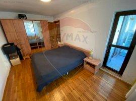 Apartament cu 3 camere de vanzare, cu loc de parcare, Calea Mosilor
