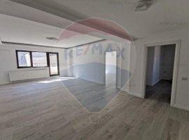 Apartament lux 3 camere cu terasa de vânzare zona Stefan cel Mare