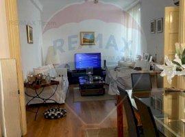 Apartament 3 camere de vanzare, în vila istorica, zona Dacia