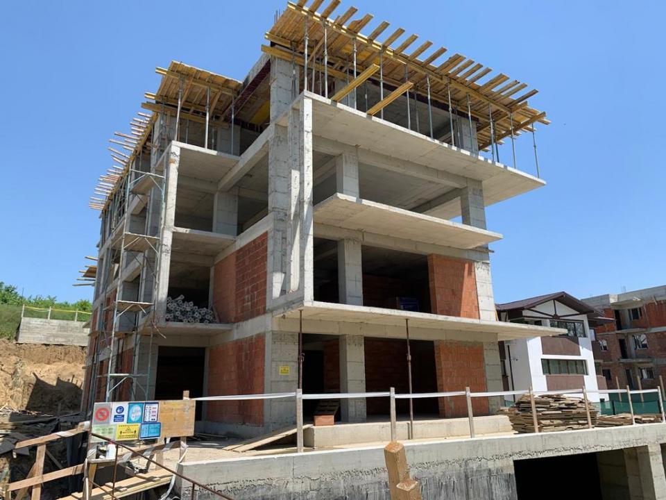 Apartament cu o camere,CURTE, Suprafata Totala 47.9 mp,  MOARA DE VANT IASI