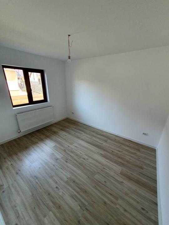 Apartament cu o camera, modelul decomandat, zona Capat Cug