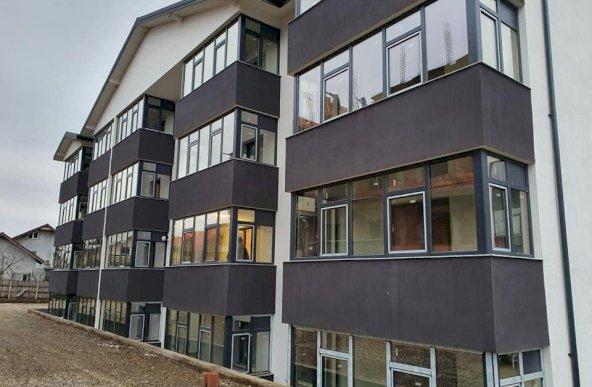 Apartament cu o camera, bloc nou, zona Valea Lupului, Comision 0