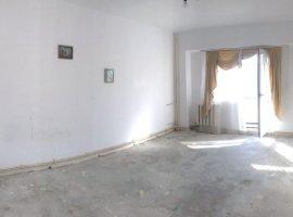 Apartament cu 3 camere in Pacurari