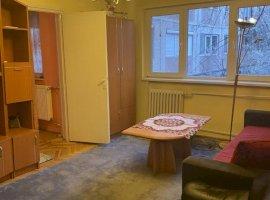 3 camere, etaj 1, Complex Studenţesc
