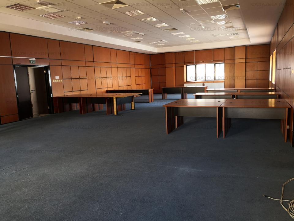 Cladire de birouri Piata Victoriei