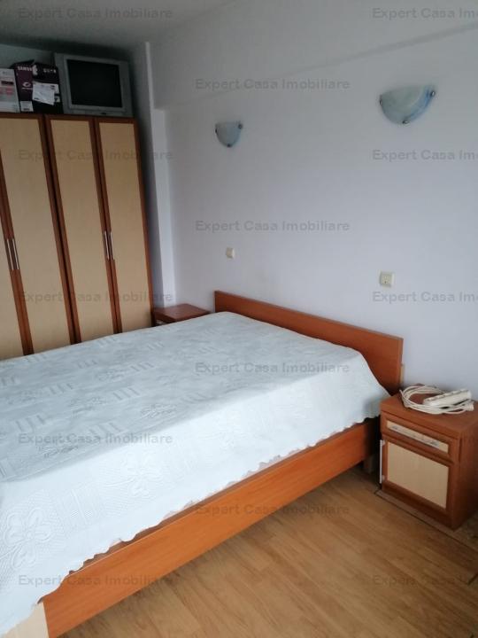 Apartament 3 camere,decomandat,et6/8,langa AlphaBank Pacurari