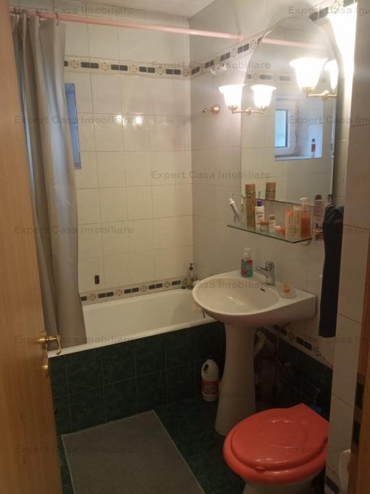 Apartament 3 camere,decomandat,Sos.Arcu,Parter in bloc tip vila