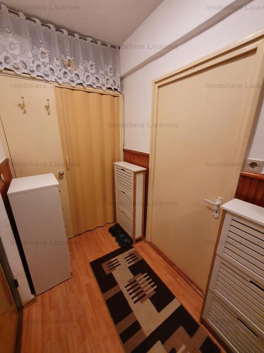 Garsoniera complet mobilata si utilata, etaj 2, zona Bartolomeu, comfort 1