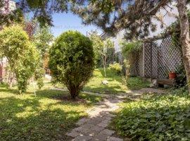 P-ta Alba Iulia, 4 minute, Casa individuala si Teren 400 mp, singur in curte