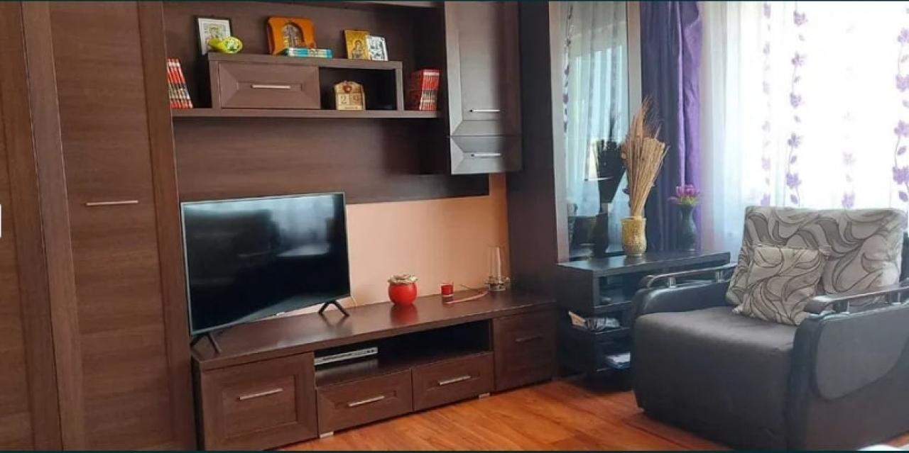 Apartament 1 camera Decomandat, bloc din 1990 - Tatarasi - Oancea