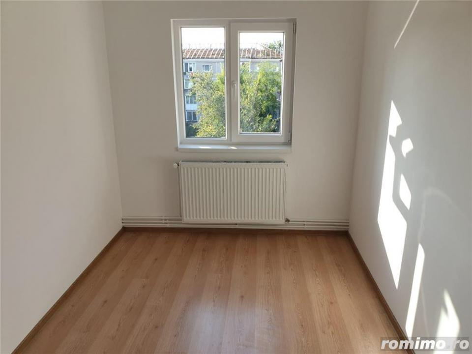 Apartament 3 camere, Lipovei