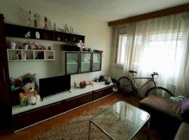 Apartament 3 camere - Langa Liceul Sportiv