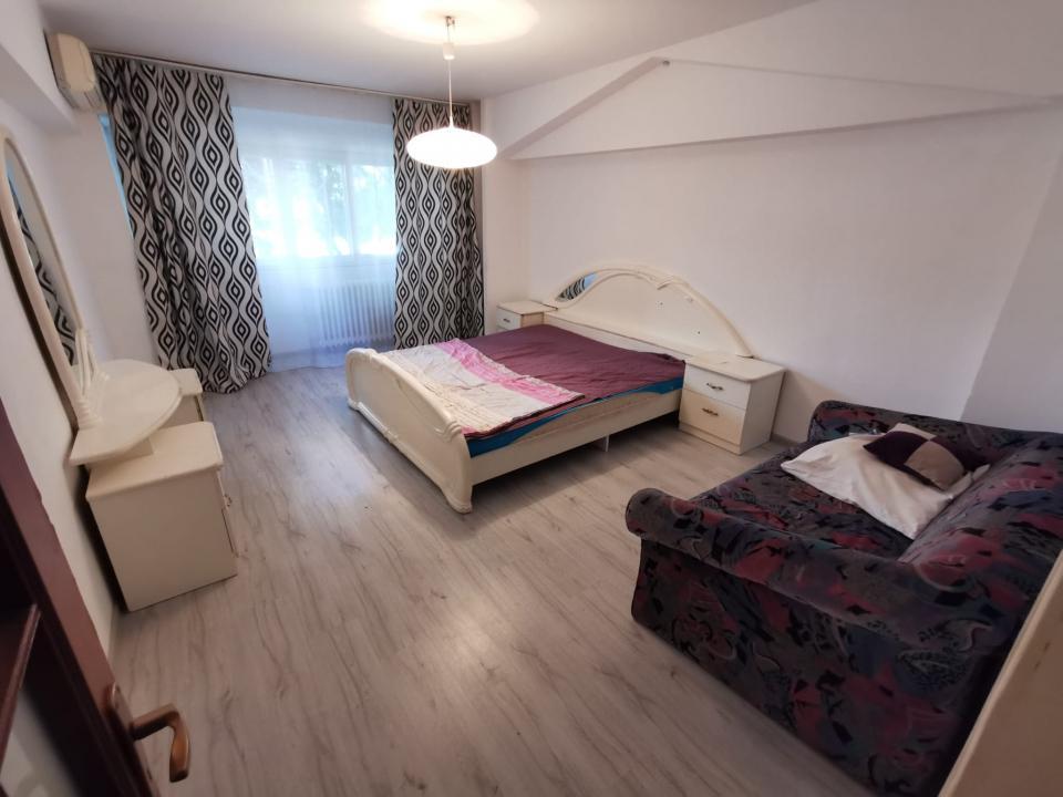 Apartament 3 camere parter Pta Alba Iulia- Burebista