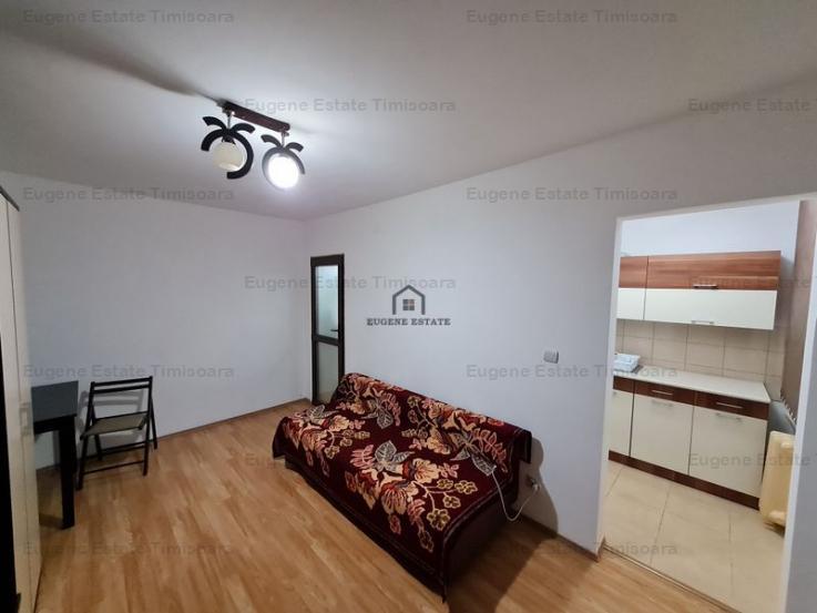 Apartament cu o camera, pozitie excelenta si renovat