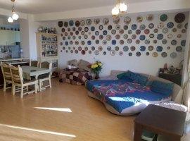 Apartament spatios cu 2 camere in zona Complex Studentesc