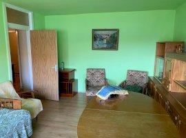 Apartament cu 4 camere, zona Steaua