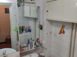 Apartament decomandat cu 2 camere, zona Cetatii