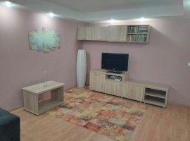 Apartament cu 3 camere. zona Aradului