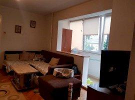 Apartament 3 camere in zona Complex Studentesc