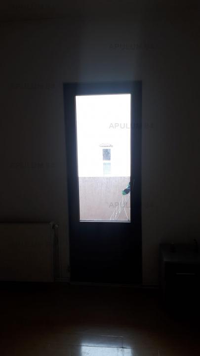 Apartament Vagon 3 Camere Calea Calarasilor, curte propie + parcare
