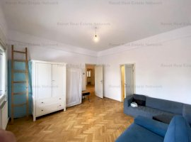 Piața Romană   4 camere   Tavan înalt   Rezidential / Birou / Showroom