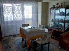 Vanzare apartament 3 camere  drumul taberei Materna