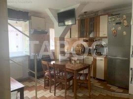 Apartament de vanzare 3 camere mobilat complet in Sibiu Mihai Viteazu
