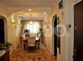 De vanzare apartament 4 camere balcon etaj intermediar Terezian Sibiu