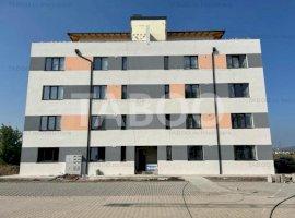 Apartament spatios modern 3 camere 2 bai comfort 1 de vanzare in Sibiu
