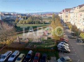 Apartament decomandat de vanzare in Sibiu zona Vasile Aaron
