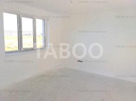 Apartament de vanzare 3 camere 2 bai 80 mpu cu terasa etaj 1 in Sibiu